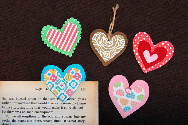 Paper Heart Bookmark craft