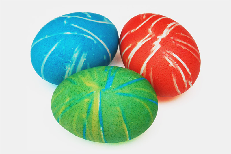 Rubber Band Dyed Easter Eggs craft