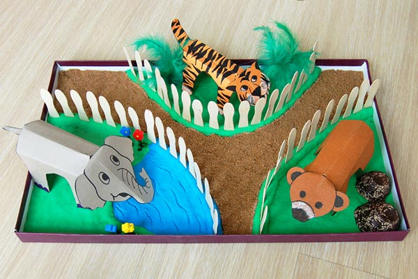 MORE IDEAS - Make a box zoo.