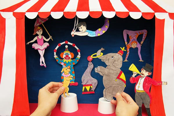 Circus Diorama and Puppet Theater craft