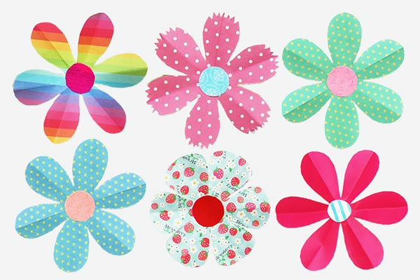 Folding Paper Flowers (6 Petals) craft
