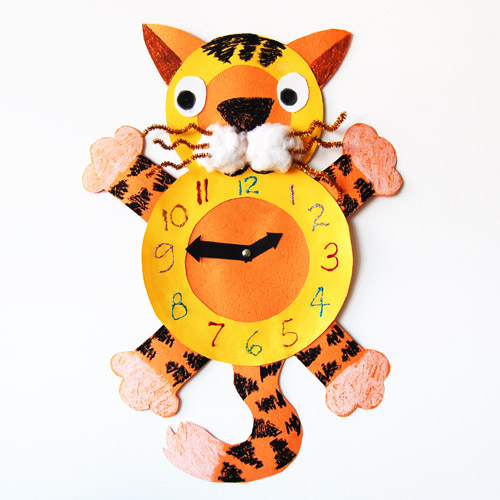 MORE IDEAS - Cat Clock