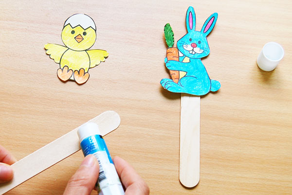 STEP 4 Bunny and Chick Stick Puppets