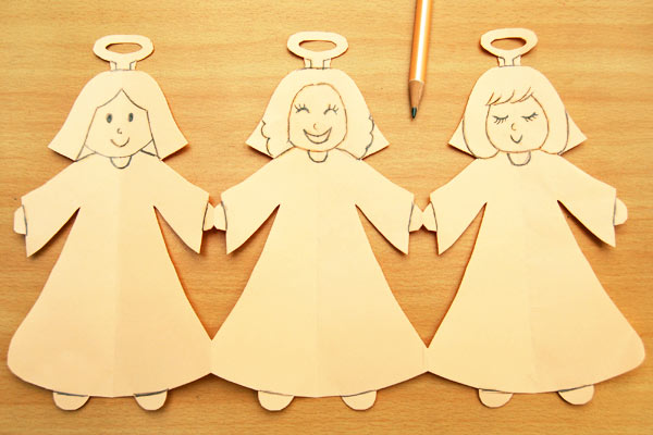 Step 10 Paper Angel Chain