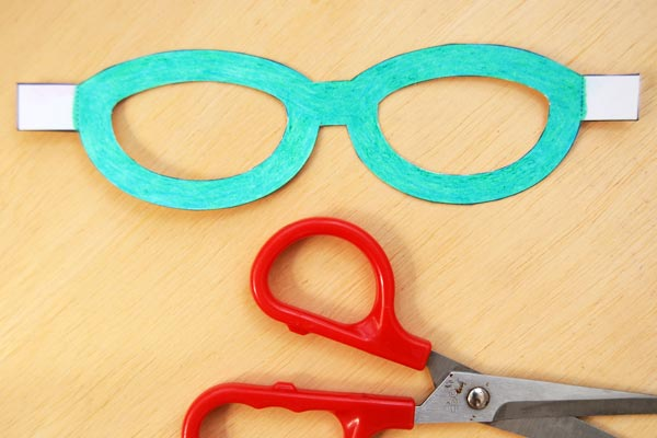 Step 4 Paper Eyeglasses