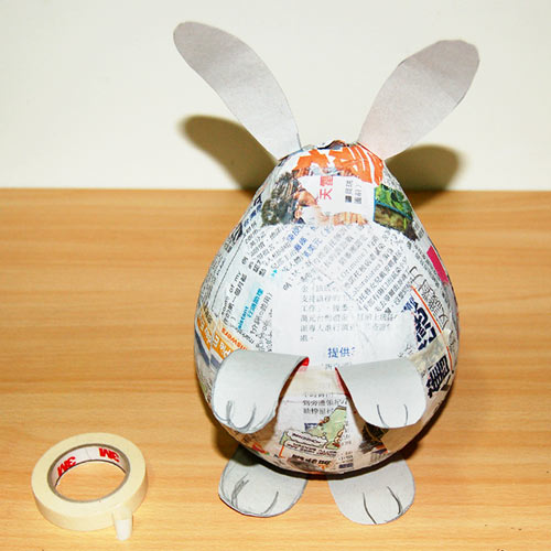Homemade Hilarity: This Is What A 3-Day Paper-Mache Bender Looks Like.   500x500
