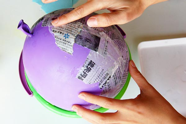 Papier Mache Balloon | Craft Recipes & How-To's
